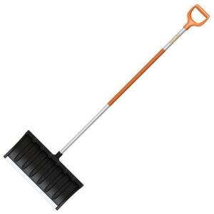 Лопата для уборки снега Fiskars SnowXpert (143011)