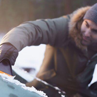 Скребок для льда Fiskars 143063